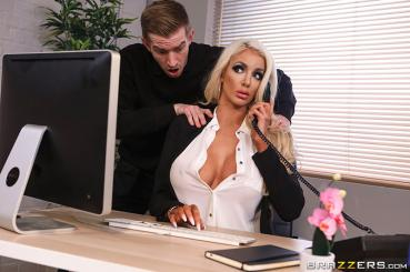 Dirty Masseur – Nicolette Shea Massaged On The Job