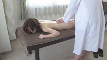 FC2 PPV 1859128 [No / Muf Privilege] The Shameful Pose Is A Glossy Beautiful Mature Woman Gradually Loosens Her Guard Without Against The Pleasure Of Erotic Massage And Faints In Agony! ! ※3 major review benefits available